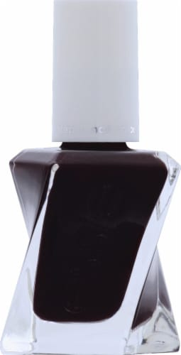 Essie Gel Couture Model Clicks Nail Polish Perspective: front