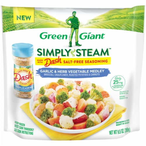 Green Giant Simply Steam Dash Garlic Herb Vegetable Medley Perspective: front