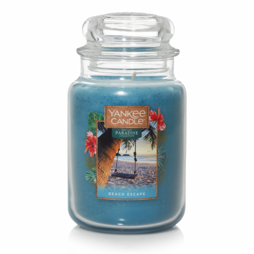 Yankee Candle® Beech Escape Jar Candle Perspective: front