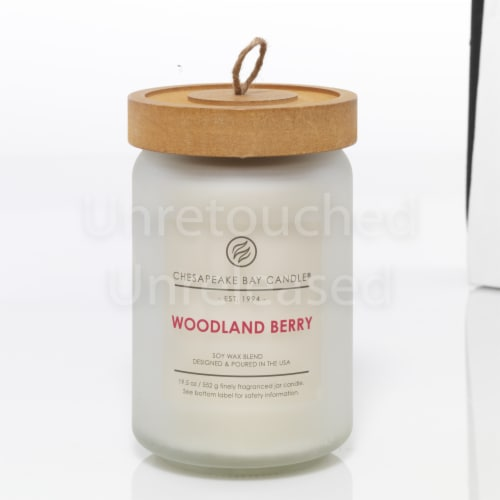 Chesapeake Bay Candle Woodland Berry Soy Wax Blend Jar Candle - White Perspective: front