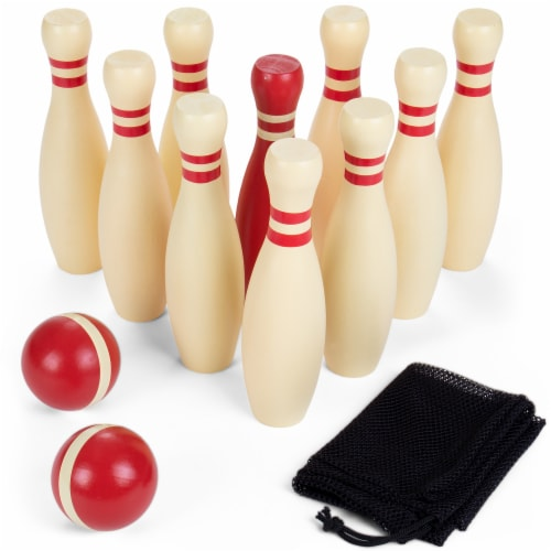 Wooden Lawn Bowling Set Perspective: front