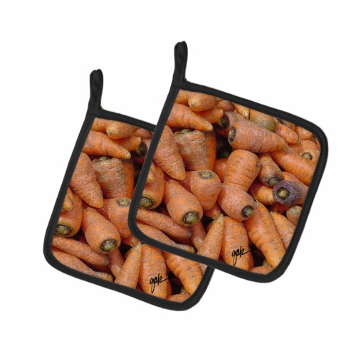 Carolines Treasures  GAK1017PTHD Carrots by Gary Kwiatek Pair of Pot Holders Perspective: front