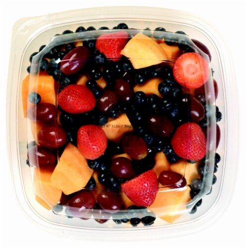 In-Store Cut Fruit Medley Large Cup (Pineapple/Mixed Melon//Mixed Berries/Red & Green Grapes/Kiwi) Perspective: front