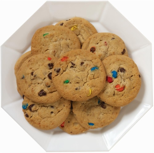 M&M Chocolate Chip Cookies Perspective: front
