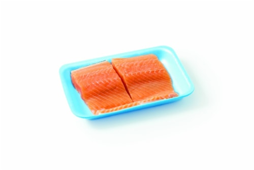 Salmon Atlantic Fillet (Fresh Farm Raised) Perspective: front