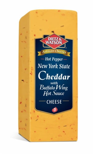 Dietz & Watson Sliced Hot Pepper Chedder Cheese with Buffalo Wing Hot Sauce Perspective: front