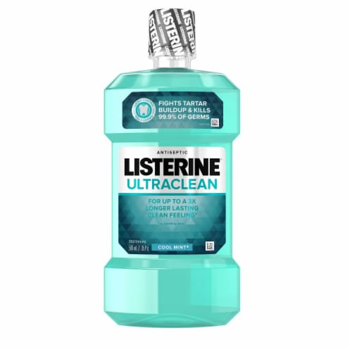 Listerine Ultraclean Cool Mint Antiseptic Mouthwash Perspective: front