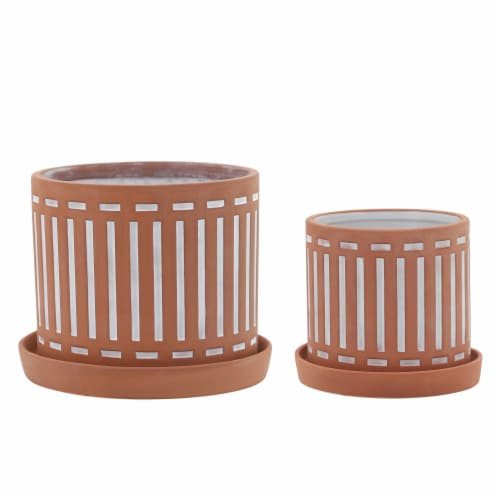 S/2 Terracotta Planters W/ Saucer 6/8 , Orange Perspective: front