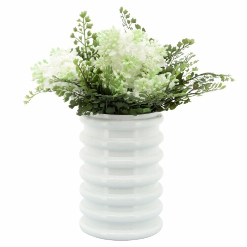 Glass, 9 H, Scallop Vase, White Perspective: front