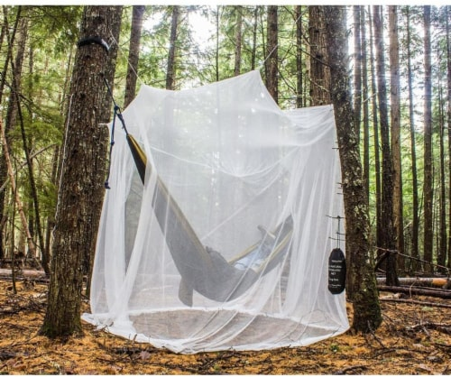 MEKKAPRO Ultra Large Mosquito Net with Carry Bag, Large 2 Openings Netting Curtains Perspective: front