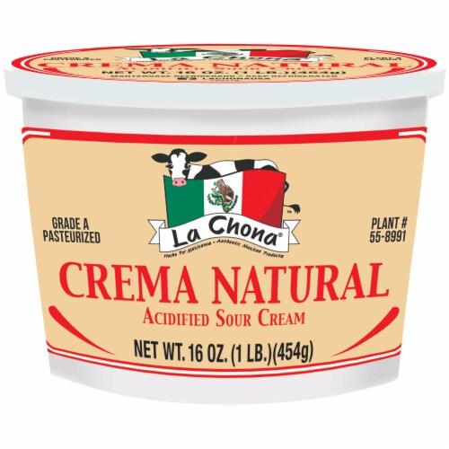 La Chona Crema Natural Acidified Sour Cream Perspective: front