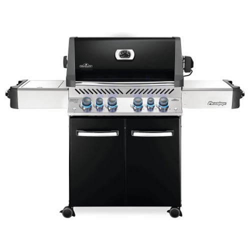 Napoleon P500RSIBNK-3 Prestige 500 RSIB Natural Gas Grill with Infrared Burners Perspective: front