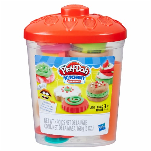 Hasbro Play-Doh Kitchen Creations Cookie Jar Perspective: front