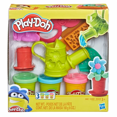 Play-Doh Growing Garden Play Set Perspective: front