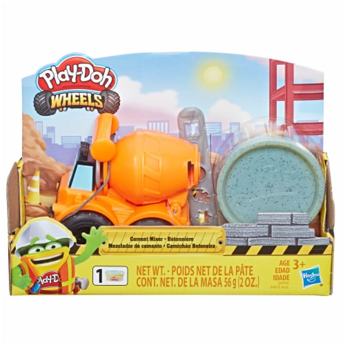 Play-Doh Wheels Mini Cement Truck with Cement Buildin' Compound Perspective: front
