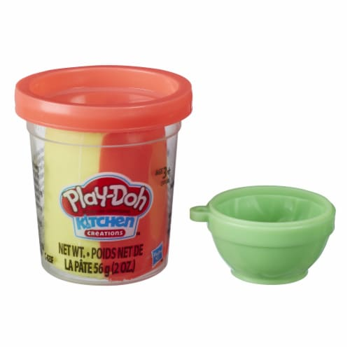 Play-Doh Mini Kitchen Creations Noodles Modeling Compound Set Perspective: front