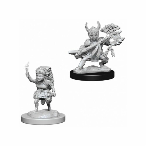WizKids WZK73387 Female Halfling Fighter W6 Dungeons & Dragons Nolzurs Marvelous Miniatures Perspective: front