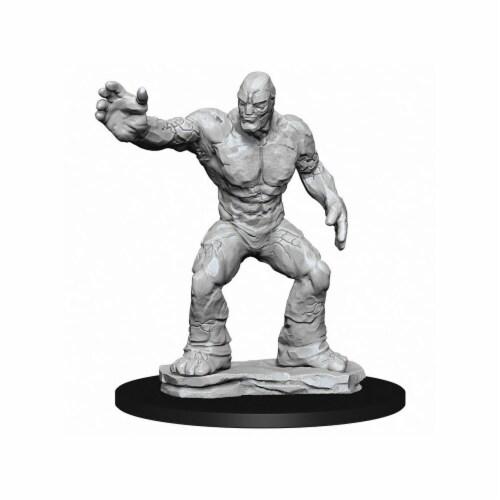 WizKids WZK73843 Dungeons & Dragons Nolzurs Marvelous-Clay Golem W10 Miniature Perspective: front