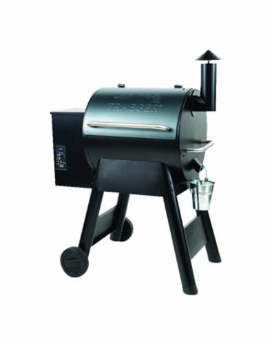 Traeger Pro Series 20 Blue Wood Pellet Grill - Case Of: 1 Perspective: front