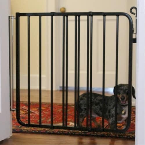 Auto Lock Pet Gate - White Perspective: front