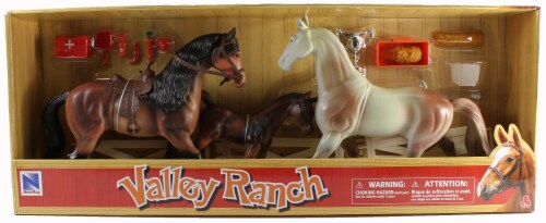 Valley Ranch 3 Horse Assortment (Brown and White) With Fence and Accessories Perspective: front