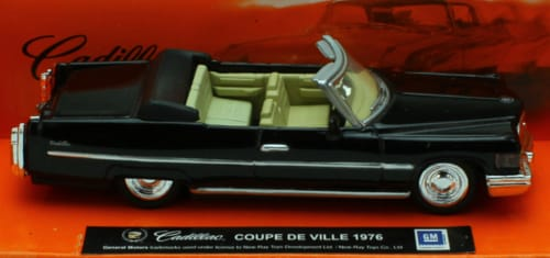 1:43 Scale Die-Cast Black 1976 Cadillac Coupe De Ville Convertible Perspective: front