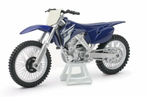 1:18 Scale Die-Cast Motorcycle - Blue Yamaha YZ 450F Perspective: front