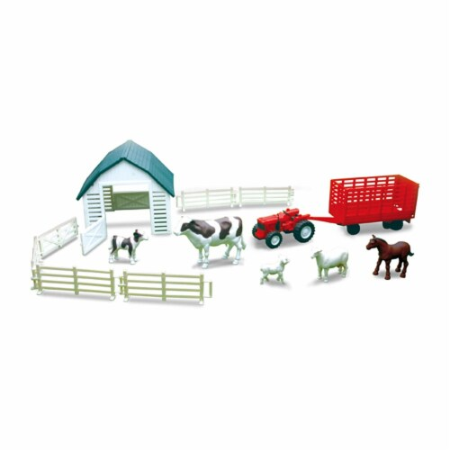 Country Life Dairy Farming Playset Perspective: front