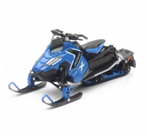1:16 Scale Polaris Switchback Pro-X 800 Snowmobile, Blue Perspective: front