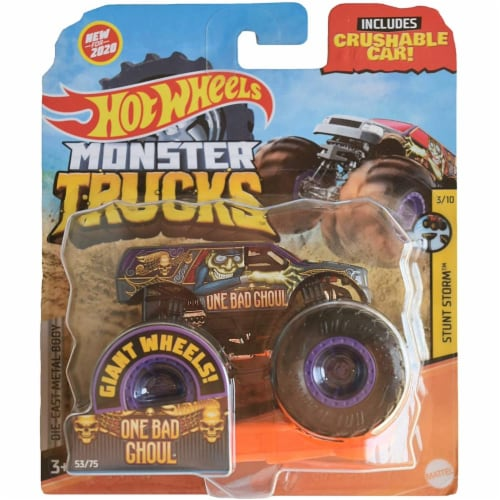 Hot Wheels Monster Trucks 1:64 Scale One Bad Ghoul, Includes Crushable Car Perspective: front
