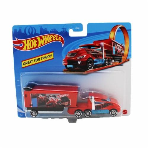 Hot Wheels Track Trucks, Hiway Hauler Perspective: front