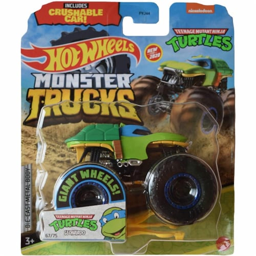 Hot Wheels Monster Trucks 1:64 Scale TMNT Leonardo, Includes Crushable Car Perspective: front
