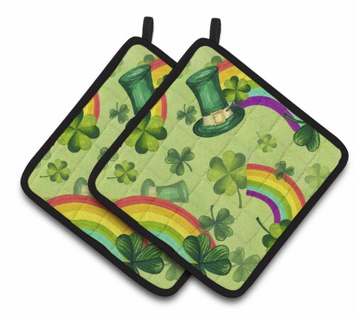 Watercolor St Patrick's Day Lucky Leprechan Pair of Pot Holders Perspective: front