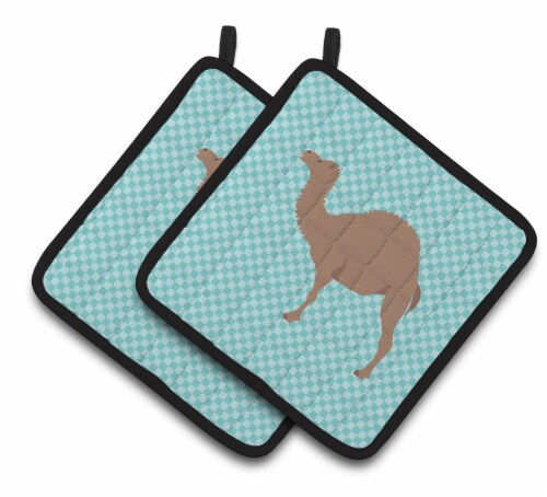 Carolines Treasures  BB7993PTHD F1 Hybrid Camel Blue Check Pair of Pot Holders Perspective: front