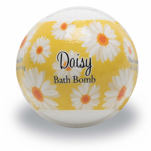 Primal Elements Daisy Bath Bomb Perspective: front