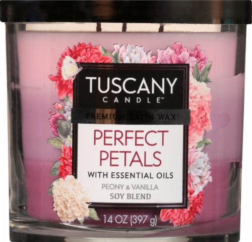 Tuscany Perfect Petals Triple Pour Candle - Pink Perspective: front