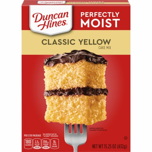 Duncan Hines Classic Yellow Cake Mix Perspective: front