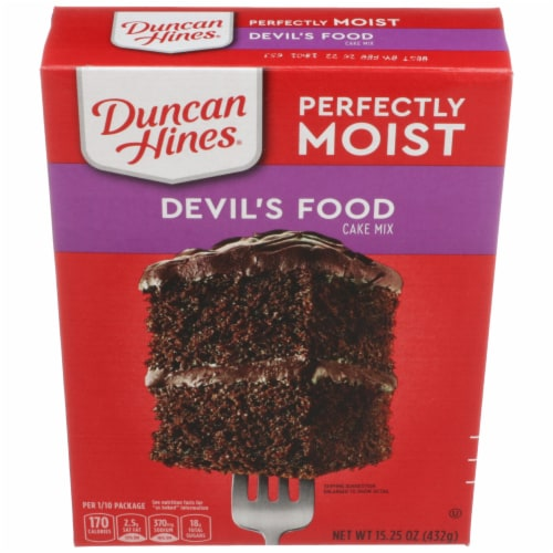 Duncan Hines Perfectly Moist Devil's Food Cake Mix Perspective: front