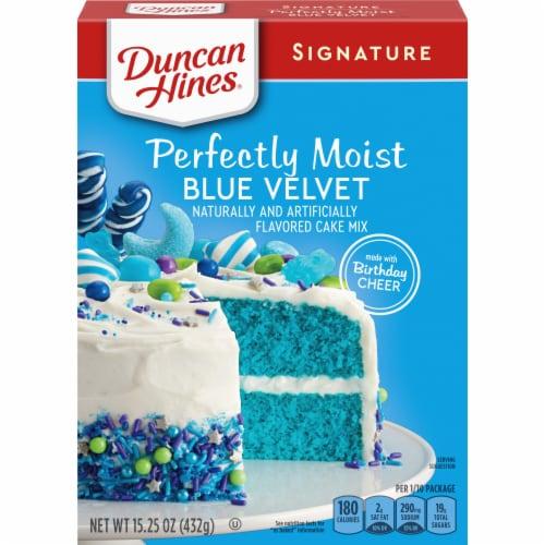 Duncan Hines Signature Blue Velvet Cake Mix Perspective: front