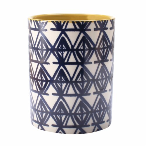 Illume Happy Place Bamboo Cotton Ceramic Jar Candle Perspective: front