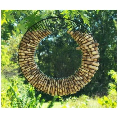 Songbird Essentials SE6019 Whole Peanut Wreath Black Perspective: front