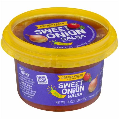 Garden Fresh Gourmet Sweet Onion Salsa Perspective: front
