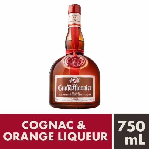 Grand Marnier Cognac & Orange Liqueur Perspective: front