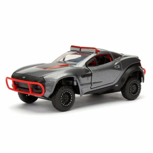 Lettys Rally Fighter Fast & Furious F8 1 by 32 Diecast Model Car Perspective: front