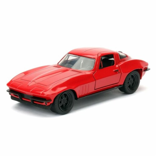 Lettys Chevrolet Corvette Fast & Furious F8, 1 by 32 Diecast Model Car Perspective: front