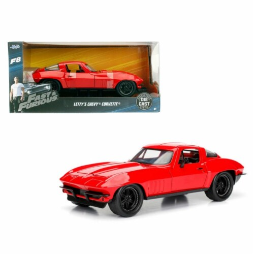 Lettys Chevrolet Corvette Fast & Furious F8, 1 by 24 Diecast Model Car Perspective: front