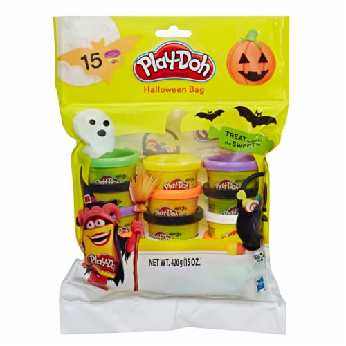 Play-Doh Modeling Compound Halloween Bag Perspective: front