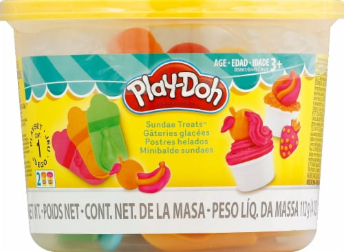 Play-Doh Sundae Treats Mini Bucket Perspective: front