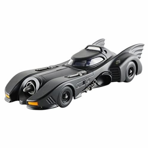 1989 Batmobile with Diecast Batman Figure 1 by 24 Diecast Model Car Perspective: front