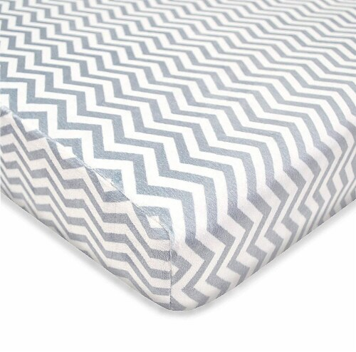 American Baby Heavenly Soft Chenille Playard Sheet - Gray Zigzag Perspective: front